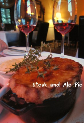 A photo of meat pie